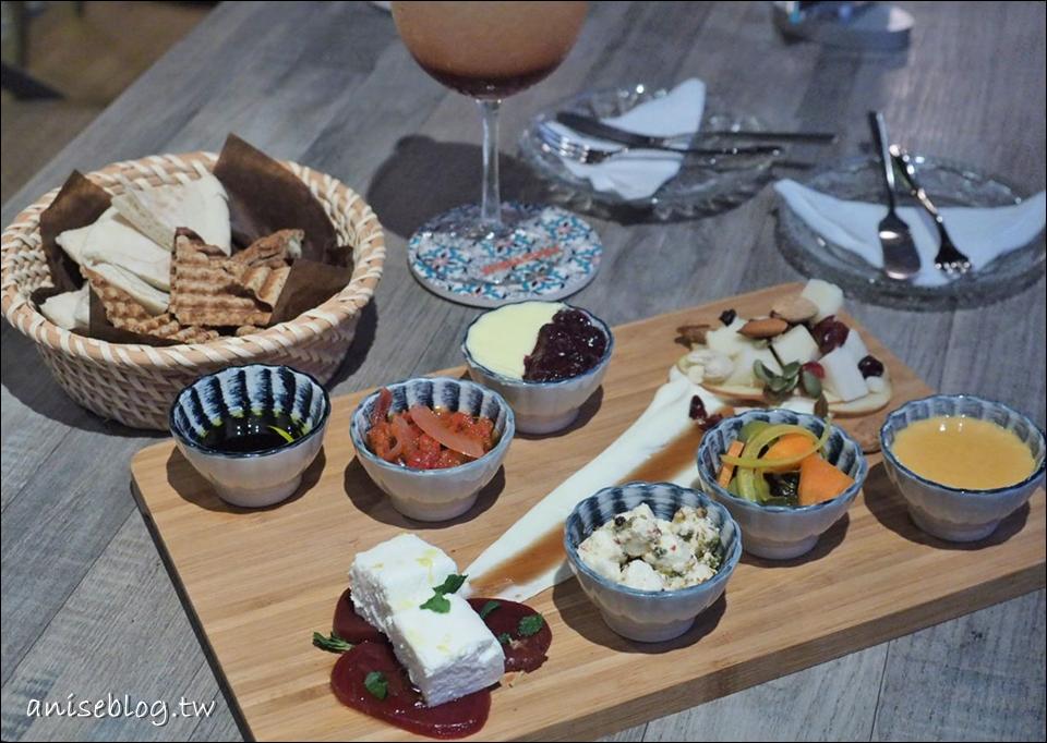 Toasteria Cafe 吐司利亞,原來不只帕尼尼!還有起司盤、豆泥、調酒