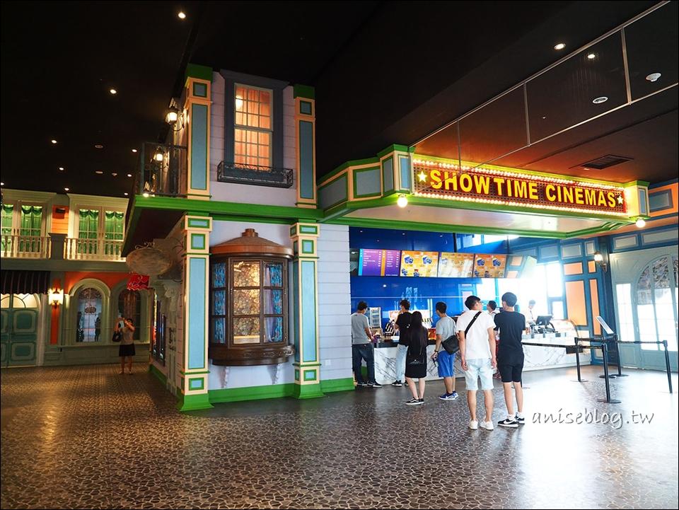 台中景點:秀泰廣場小書房|水晶教堂,二樓文青閱讀、三樓吃飯四樓溜小孩拍網美照
