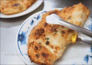 今日熱門文章:秀江街無名蛋餅(鐵夾蛋餅) @ 三重國小美食