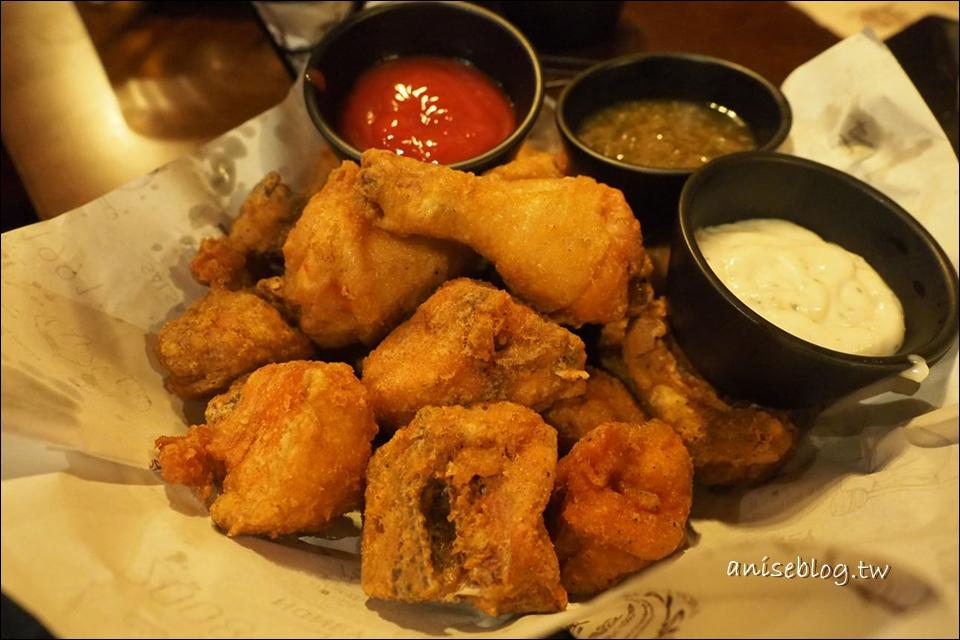 弘大橋村炸雞,還是最愛辣味😍