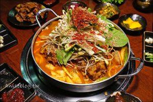 今日熱門文章:韓金館 | 我終於在台灣吃到有芝麻葉的馬鈴薯排骨湯了 *轉圈圈* (文末有菜單)