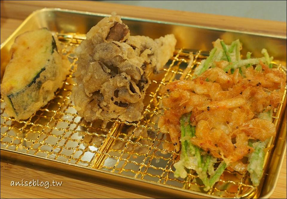 吉天婦羅Kichi | 東區SOGO忠孝館美食,正統天婦羅一道道現炸新鮮上桌(鍍24K金的唷!)