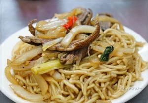 今日熱門文章:嘉義文化夜市 | 羅山鱔魚麵、傳統紅豆餅,不同於台南的鱔魚意麵!