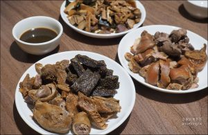 今日熱門文章:嘉義美食 | 福州滷味,嘉義人的共同回憶