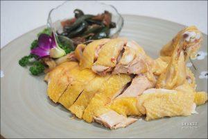 今日熱門文章:花蓮海鮮餐廳 | 美崙海鮮,在地人推薦現撈海鮮料理,牧草雞最好吃!