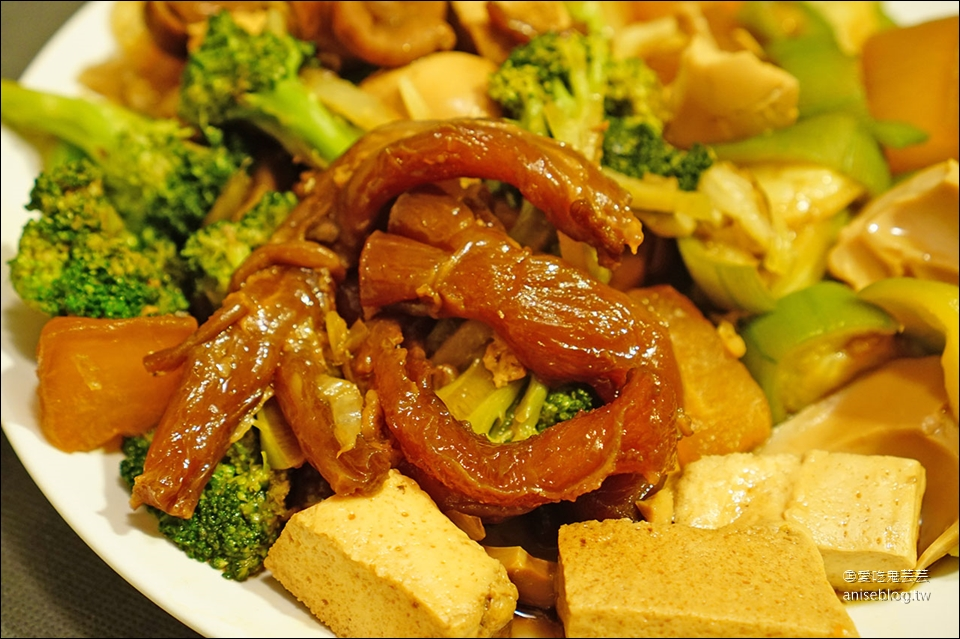 蛋白滷味@ 捷運台北橋站三和夜市宵夜場美食
