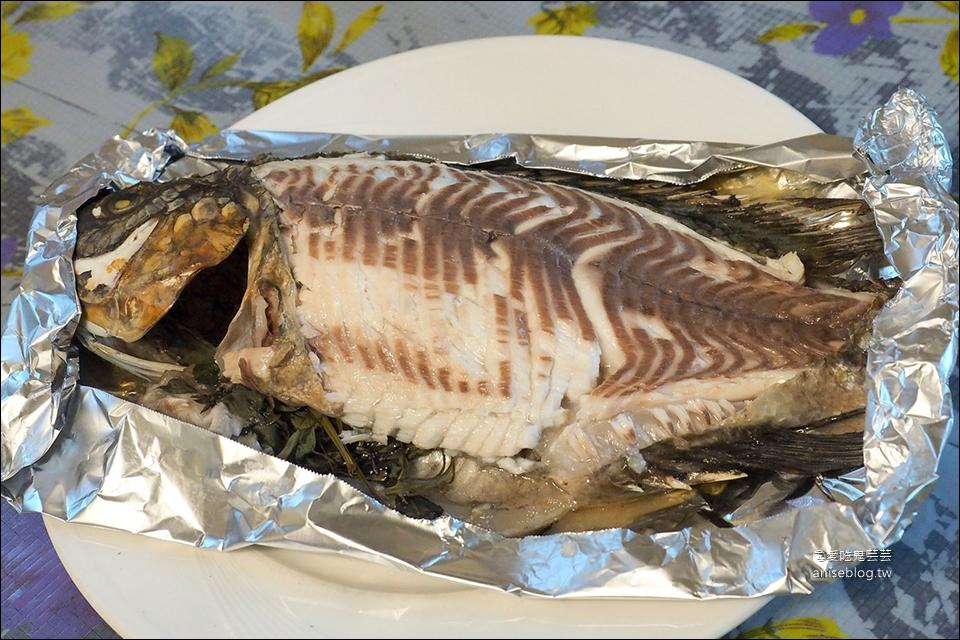 兩津烤魚 | 花蓮吉安CP值超高無菜單料理,肥滋滋滷肉飯吃到飽!