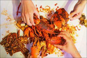 今日熱門文章:SHELLOUT 馬來西亞超夯手抓海鮮登台,用手豪邁的抓海鮮吃吧!😍 (文末菜單)
