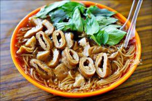 今日熱門文章:阿倍麵線,滿滿大腸美味麵線,三重巷弄人氣美食(姊姊食記)