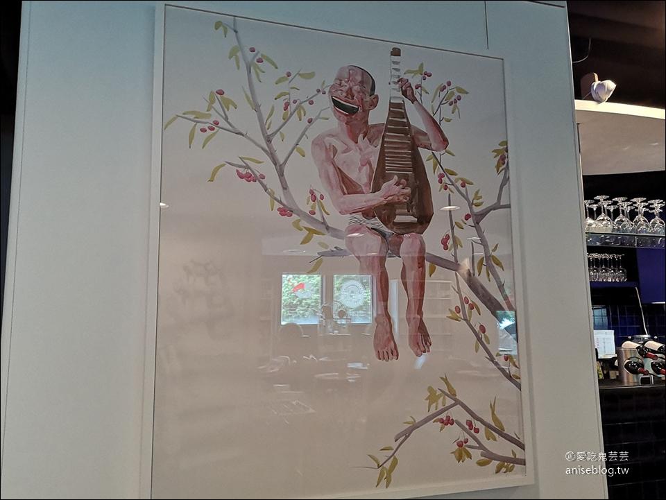 澳門葡式料理 | 新新酒店廣場葡國餐廳,在地人的愛 (鄰近有知名藝術家的壁畫,必訪!)