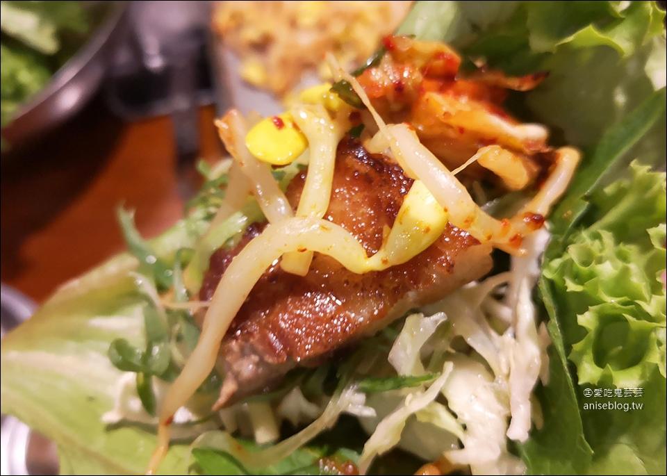 再訪菜豚屋,品質超好的生菜包烤肉就是讚,芝麻葉可續!