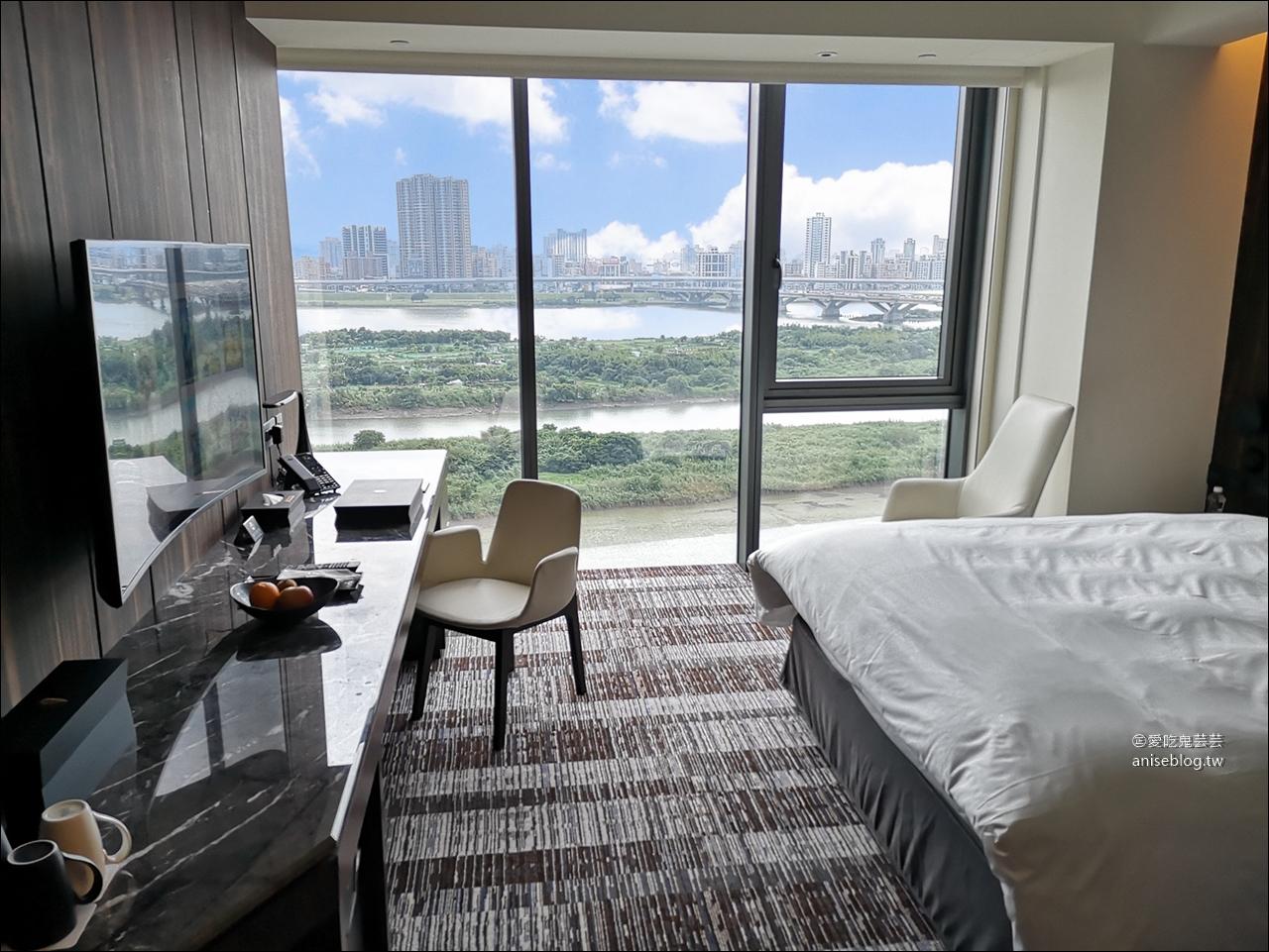 西門町宿之酒店 | 高樓層俯瞰淡水河、煙火觀賞聖地! @愛吃鬼芸芸