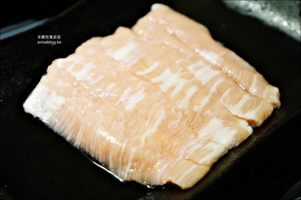 超越水產火鍋超市,鮮活波士頓龍蝦、九孔鮑、超大北寄貝,南京三民站美食(姊姊食記)