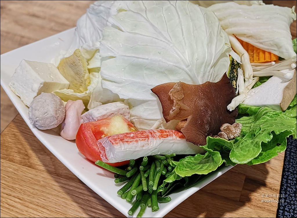 東區火鍋 | 故意good eat海鮮鍋物,QR code點餐、身份證字號對中「5、6、8」其中二碼,贈送2隻澎湖野生大明蝦,活波士頓龍蝦 $499