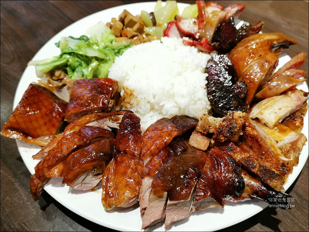 雷記燒臘,七寶飯超浮誇、招牌飯最受歡迎