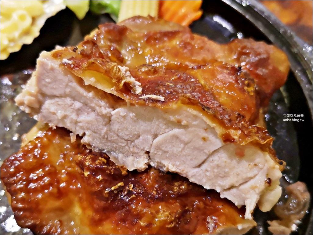 品客牛排,隱藏版大份量雙主餐牛排老店,捷運板橋站美食(姊姊食記)