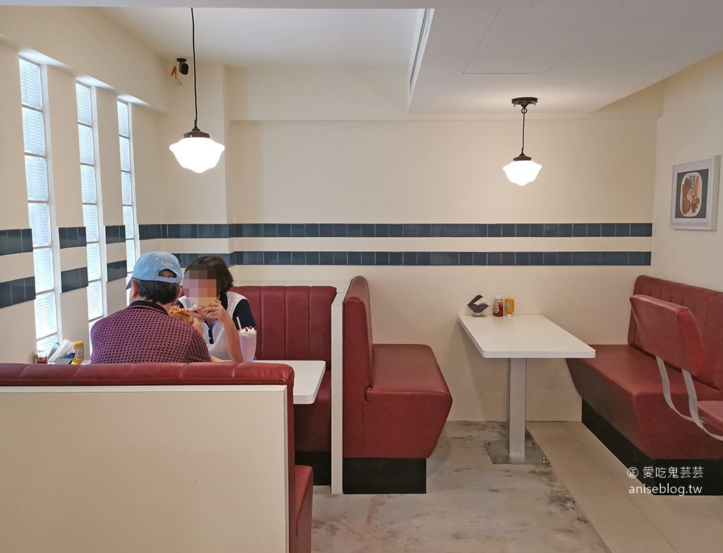 Everywhere burger club 漢堡俱樂部,超夯漢堡餐車有店面囉!
