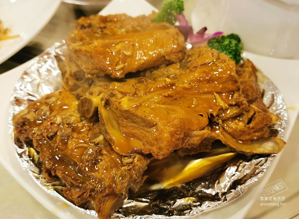 東北軒酸菜白肉鍋,酸而不嗆好夠味,嗜辣者的天堂!