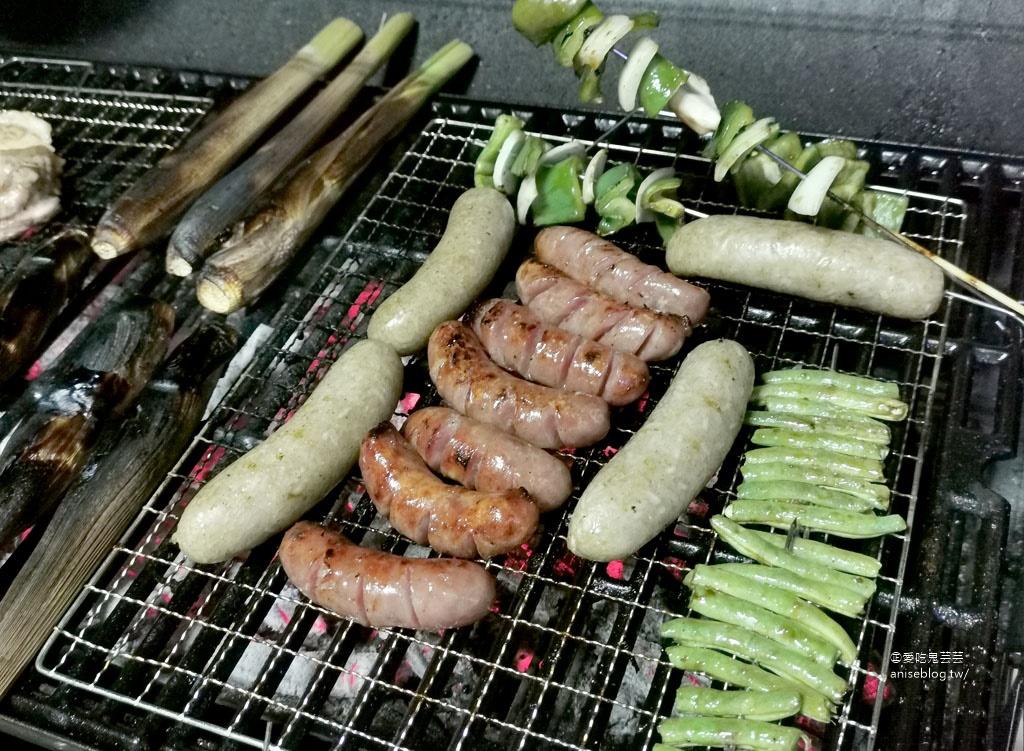 2019 中秋烤肉趴,每年都要20幾個人 XD
