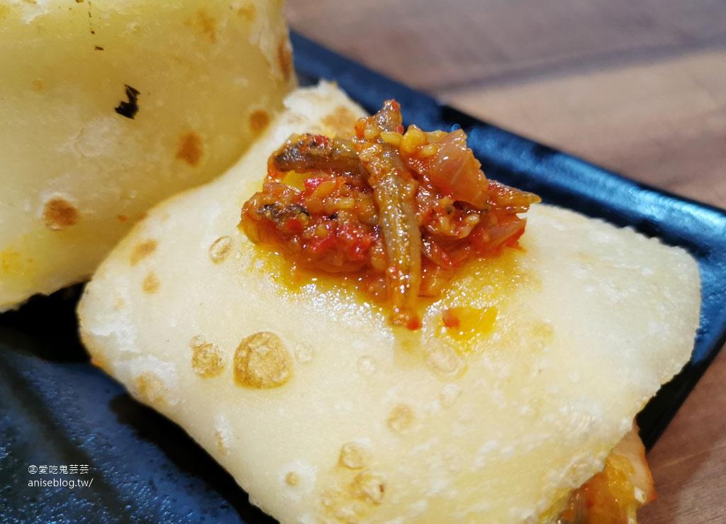 捲餅咬鹿,標榜以初鹿鮮奶製作的鮮奶捲餅,最愛泡菜豬😍