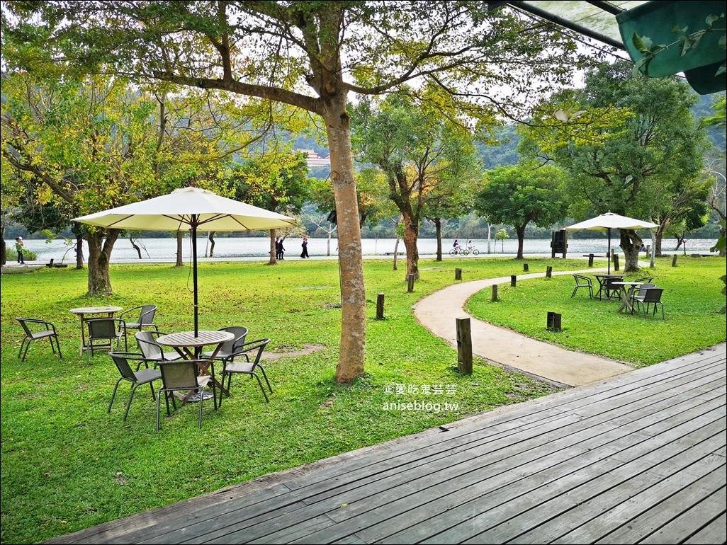 梅花湖畔咖啡館-天ㄟ咖啡,宜蘭冬山旅遊(姊姊食記)