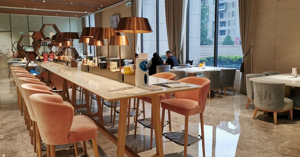 Moment café & bakery@台北美福大飯店咖啡廳,優雅寬敞的美麗咖啡廳 @愛吃鬼芸芸