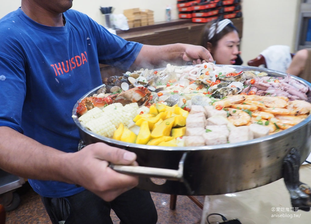 馬祖北竿美食 | 海鮮痛風鍋、芹壁咖啡廳、魚麵、老酒麵線、地瓜餃、早餐等..