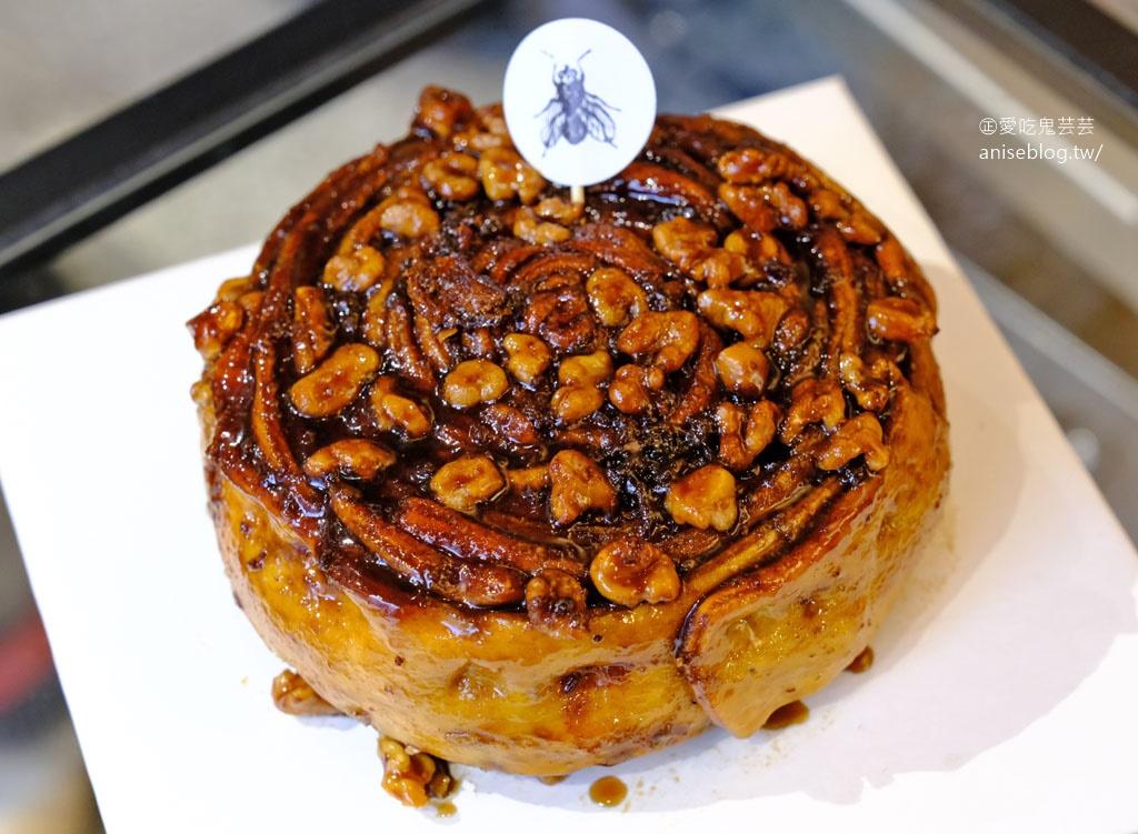Fly Cafe,蒼蠅哥八寸肉桂捲蛋糕+肉鬆, 明日 8/3 11:00開放預購,各位手腳要快!