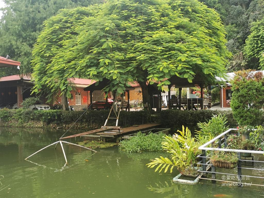 土角厝水上庭園餐廳,親家母口味的唷!@埔里美食