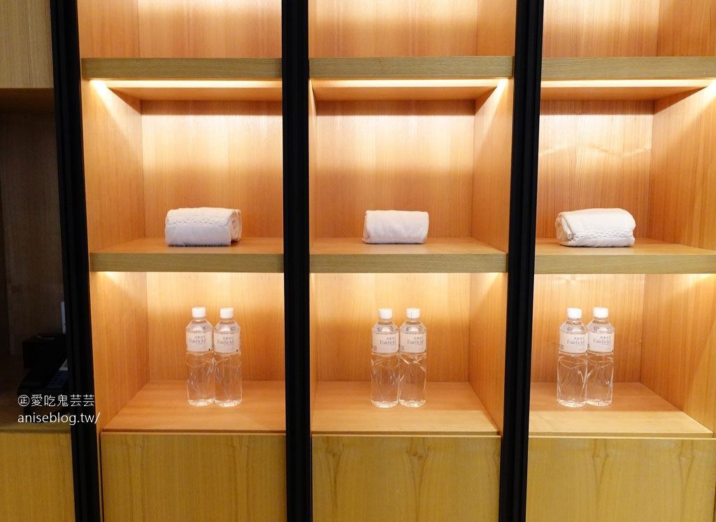 台中萬楓酒店,萬豪酒店集團台中第一個酒店,超夯超難訂,舒適+早餐超級棒!