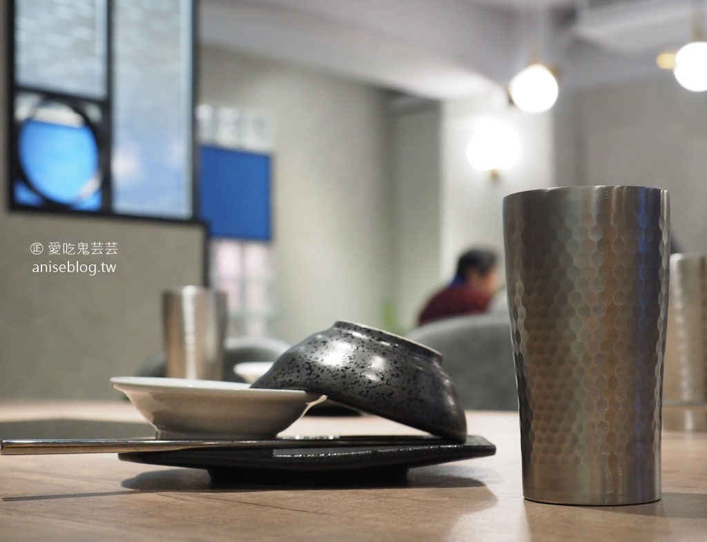 深紅汕頭鍋物 | 屠龍2.0活龍蝦痛風鍋,來自台中的超浮誇系火鍋 (請事先預約)
