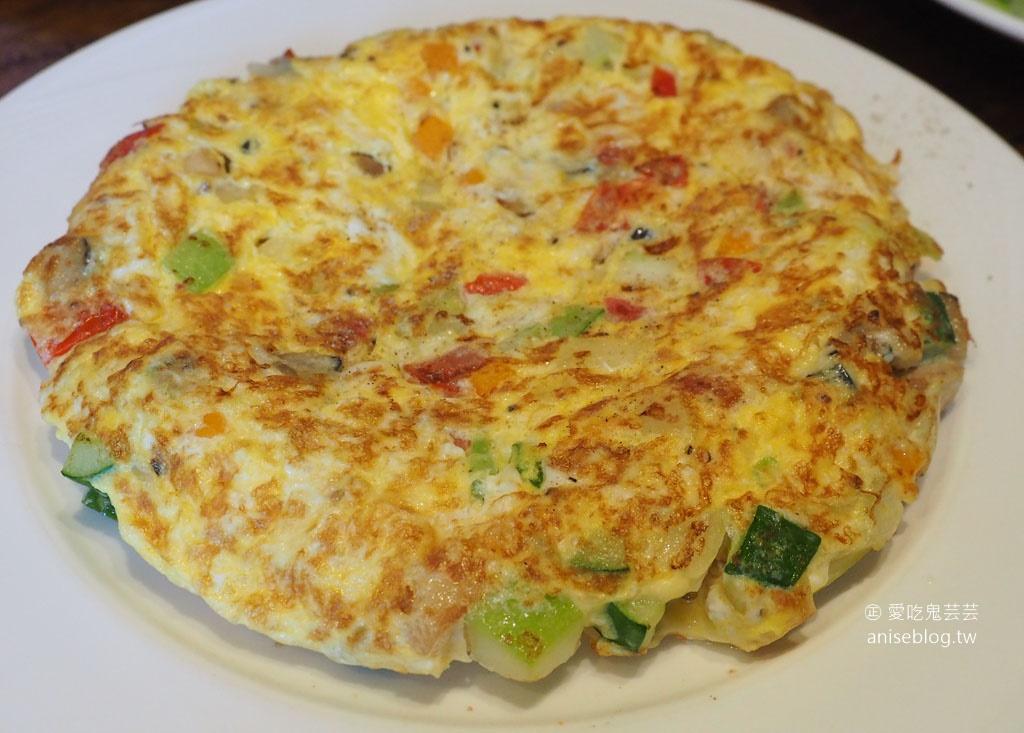 北竿芹壁美食 | 芹沃咖啡烘焙館,熱炒、Pizza、麵包都超強!