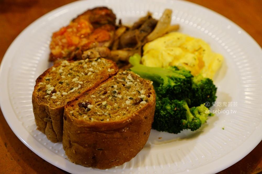 花嘴廚房,西門町超人氣早午餐店,萬華排隊美食(姊姊食記)