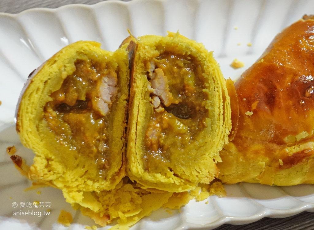 阿寶師咖哩餃、雙胞胎、麻花捲、古早味蛋糕….
