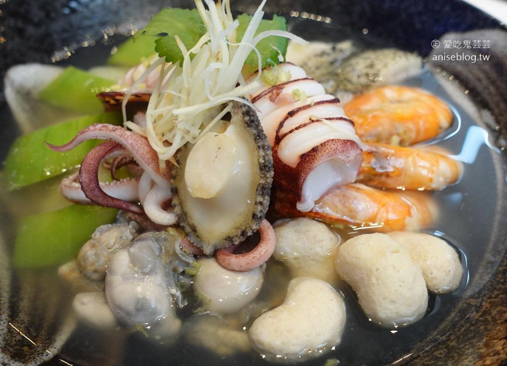 網站近期文章:超奢華龍膽石斑豪華海鮮麵線@澎湖福朋喜來登酒店藍洞餐廳