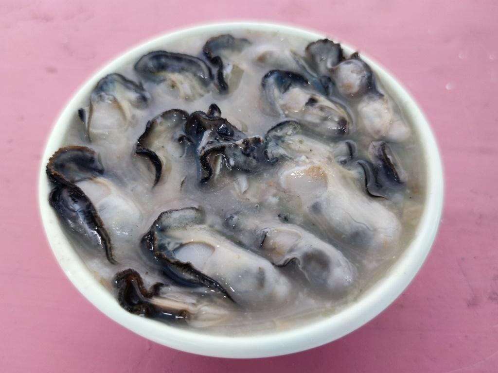 澎湖海洋牧場 | 牡蠣、鹹粥吃到飽,還可釣花枝、海鱺魚😍 (文末夜釣小管)