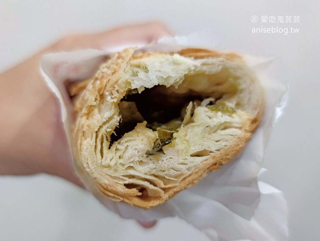 阿卿杏仁茶、甜湯,還有隱藏版的燒餅哦!@台南小吃、宵夜甜湯