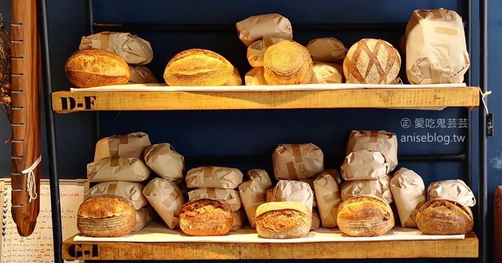 今日熱門文章:Purebread Bakery,酸麵包、可頌、歐式麵包,捷運大安站美食(姊姊食記)