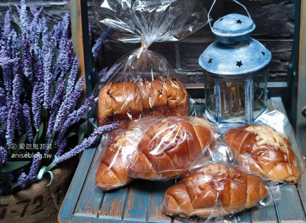 100pain 麵包製造室,傳說中的秒殺麵包,土司真的很厲害!